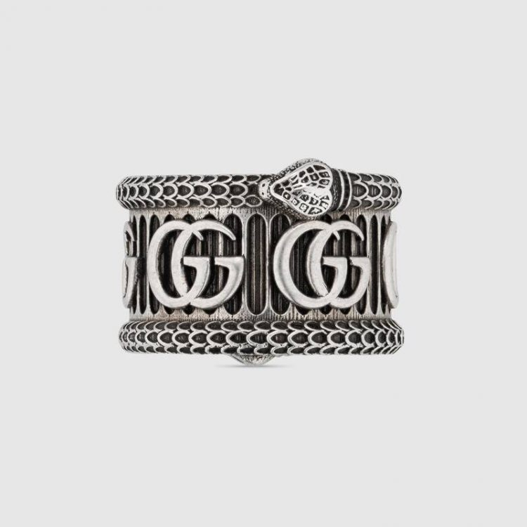 Anello Gucci in argento con Doppia G