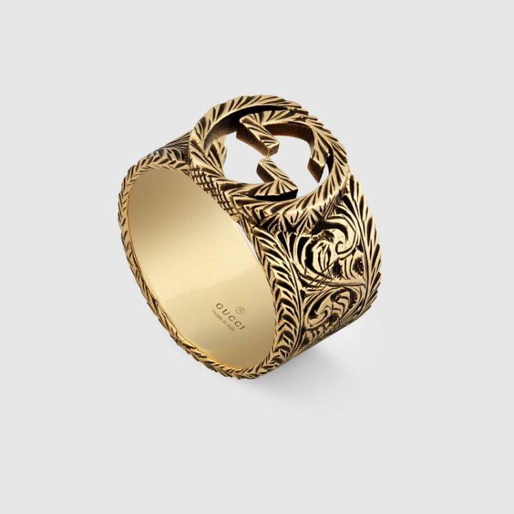 Anello Gucci oro giallo con GG