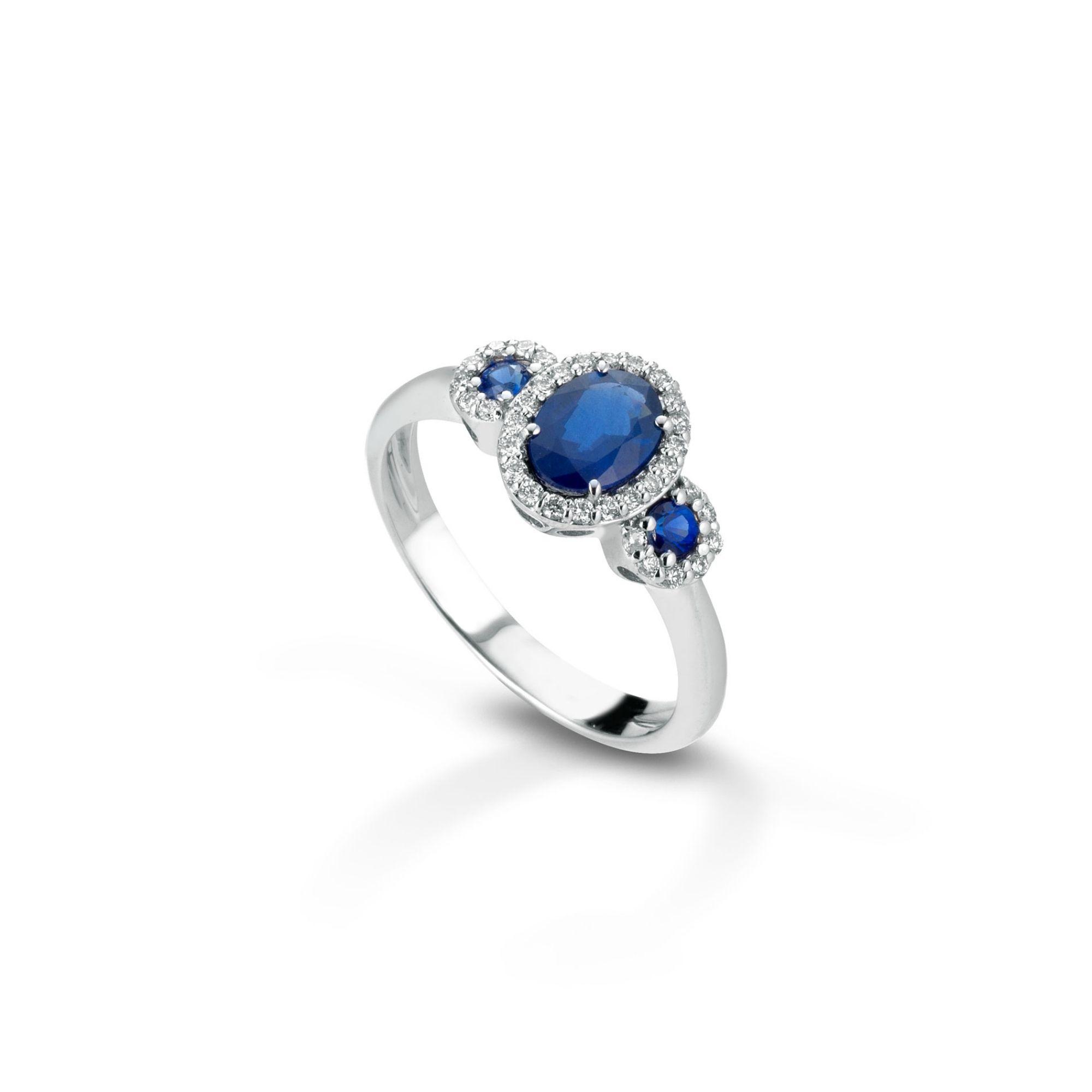 Anello con diamanti e zaffiri Ring with diamonds and sapphires
