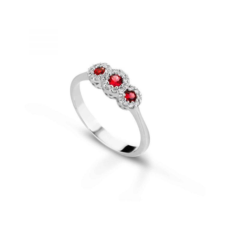 Anello trilogy con diamanti e rubini Trilogy ring with diamonds and rubies sconto discount