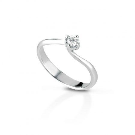 Anello solitario con diamante Solitaire ring with diamond sconto discount D