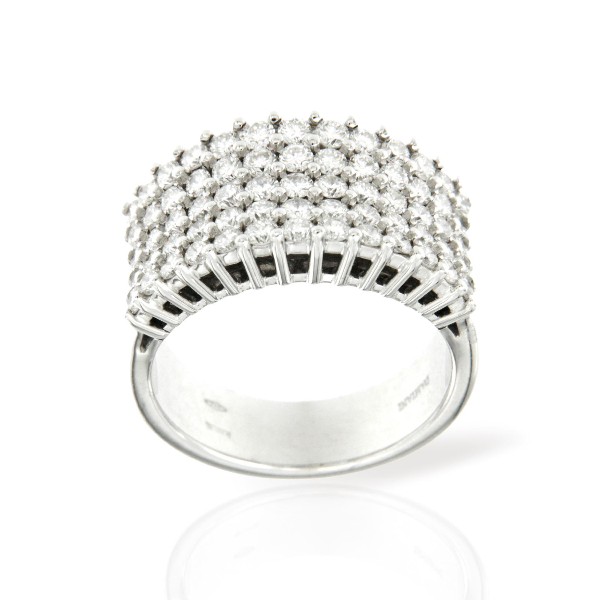 anello Damiani in oro bianco e diamanti